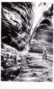 RPPC Fat Woman Squeeze, Cantwell Cliff, Hocking Hills Ohio Postcard D15