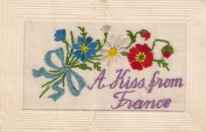Embroidered 1914-18 ; A Kiss from France