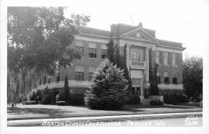 F31/ Prosser Washington RPPC Postcard 1964 Benton County Court House