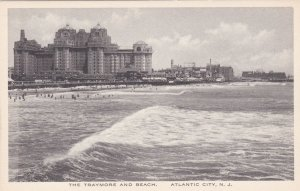 New Jersey Atlantic City The Traymore and Beach Albertype sk1747