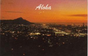 Hawaii Honolulu and Diamond Head At Sunset