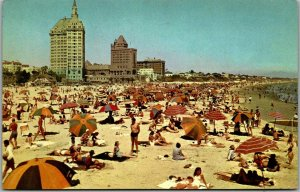 Long Beach, California Postcard Crowded Bathing Beach Scene Union Oil 1950s