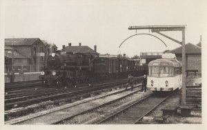 RP: Havant , Hampshire , England , 1930-40s , Train at Havant Railroad Station