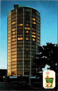 Holiday Inn Syracuse NY Downtown Round Building Color TV  Vtg Postcard