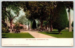 Sacramento California~Plaza~Fountain in Center~People on Benches~c1905 Postcard