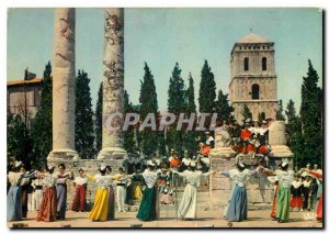 Postcard Modern Arles B R Fete des Costumes in Theater Antique