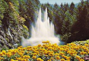 Canada The Butchart Gardens The Ross Fountain Victoria British Columbia