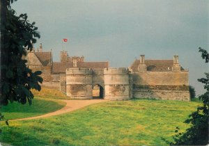 Postcard England Corby Rockingham Castle Norman Entrance Towers