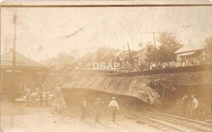 C81/ Belmont Ohio Postcard RPPC 1915 Railroad Depot Train Wreck Disaster B&O 3