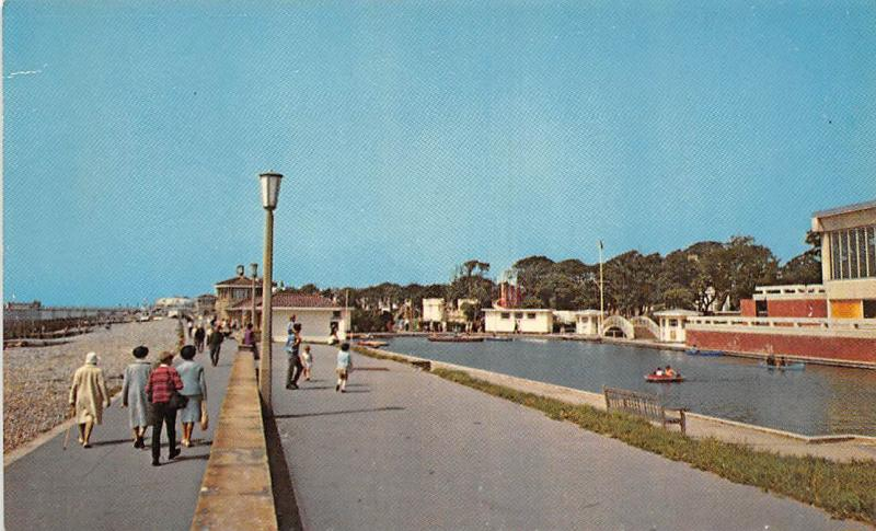 Worthing Aquarena Swimming Pool & Boating Lake