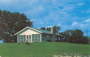 Montour Iowa~Pilgrim Heights Camp~Administration Building~1959 Postcard