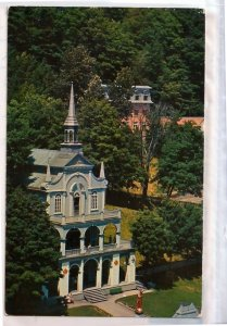 VINTAGE POSTCARD: THE HOLY STAIRS AT. ANNE BEAUPRE QUEBEC COLONIAL MINT CONDITIO