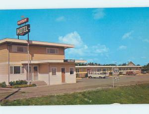 Unused Pre-1980 MOTEL SCENE Pincher Creek Alberta AB hk0504-12