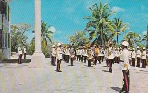 Bahamas Nassau Changing Of The Guard At Government House