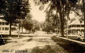 VT - Newfane. Main Street ca 1920. RPPC. Newfane Inn at Court St, Newfane Sto...