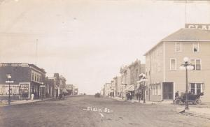 RP: Main Street, NORTH BATTLEFORD , Saskatchewan , Canada 00-10s ; W. FYFE Photo