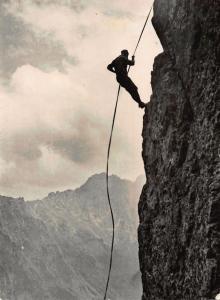 Poland Tatry Zjazd na Linie W Glebi Mieguszowieckie Szczyty Climber Postcard