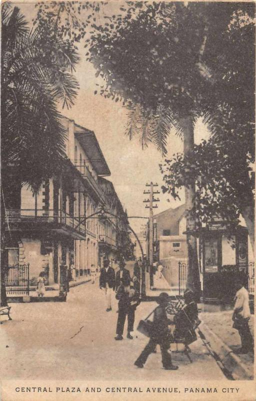 Panama City Panama Central Plaza and Avenue Street Scene Antique Postcard J79456