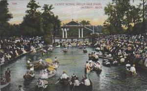 Michigan Detroit Canoe Scene Belle Isle Park