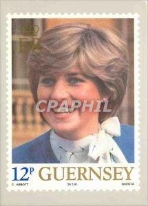 Postcard Modern Guernsey Post Office Stamp Card Lady Diana