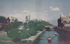OTTAWA, Ontario, Canada, 1940-60s; Driveway Entrance, Rideau Canal