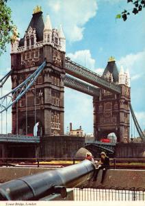 London Postcard, Tower Bridge by LVP O75