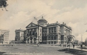 TOLEDO , Ohio , 1901-07 ; County Court House
