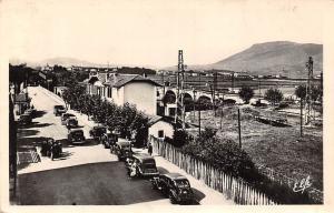 France Hendaia Hendaye Les Trois Ponts, voitures cars, au fond, L'Espagne, Spain