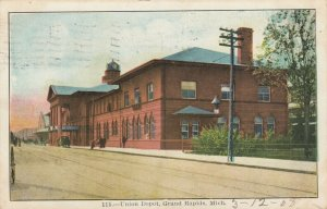 GRAND RAPIDS , Michigan , 1908 ; Railroad Train Station # 2