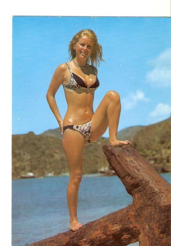 Postal 024925 : Chica en bikini