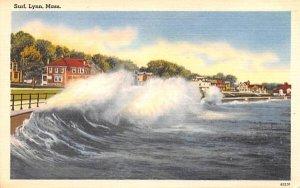 Surf in Lynn, Massachusetts