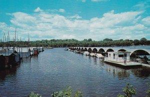 RED WING, Minnesota, 1940-60s; Boathouse Village, Public Dockage