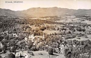 11840  VT Stowe 1940's Aerial View of Stowe Real Photo