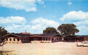 Spencer Iowa~Stub's Ranch Kitchen Restaurant~Classic Cars Parked~1950s Postcard