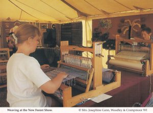 New Forest Hampshire Show Weavers Weaving Crafts Postcard