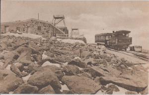 PIKE'S PEAK - Colorado Springs / SUMMIT & BUILDING + TRAIN 1910s