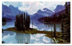 Canada Rocky Mountains Maligne Lake