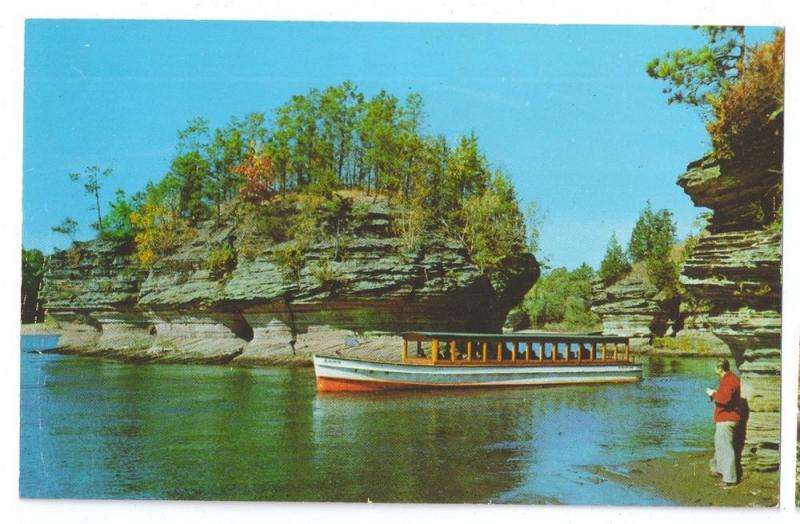 Wisconsin Dells Lone Rock Island Tour Boat WI Vintage Postccard