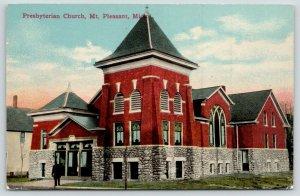 Mt Pleasant Michigan~Presbyterian Church~Man @ Entrance~c1910 Postcard
