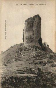 CPA CROZANT Une des Tours des Ruines (1143745)