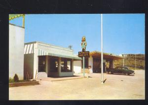 KINGMAN ARIZONA ROUTE 66 THE TURQUOISE STORE 1950's CARS VINTAGE POSTCARD