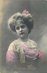 Glamour ladies head decoration early fashion postcard portrait hat bonne fete