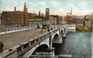 Grand Rapids Michigan~Grand Trunk Depot~Trolley on Bridge Street Bridge~1907
