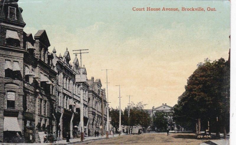 BROCKVILLE , Ontario , 1900-10s ; Court House Avenue