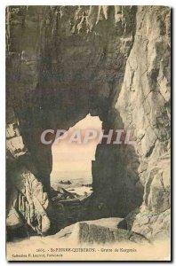 Old Postcard St Pierre Quiberon cave Kergroix