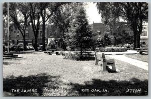 Red Oak Iowa~Bench by Fountain~Bradley 5&10 to $1 Store on Square~1940s RPPC