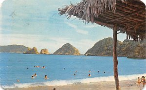 Bay and Beach at Melaque Mexico Tarjeta Postal Postal Used Unknown