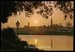 FIRENZE - Sunset on the river