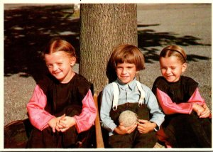 Pennsylvania Lancaster Greetings From The Amish Country With Amish Children