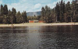 Shuswap Lake , Leon's Village Motel , SALMON ARM , B.C. , Canada , PU-1964
